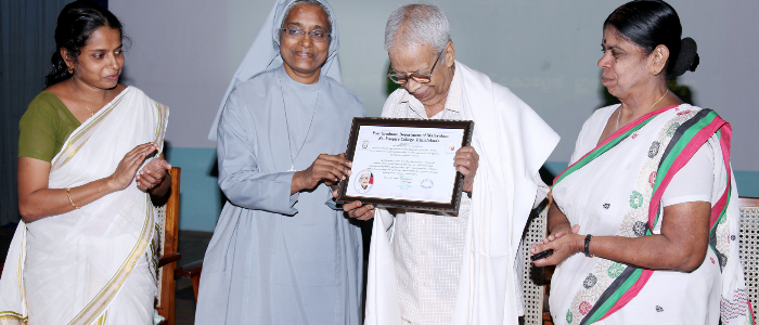 honoring Sri. K V Ramanathan for recieving Kendrasahithya academy award